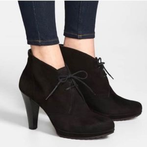 Paul Green New York Black Lace-up Bootie 8.5